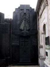 Art deco tomb.