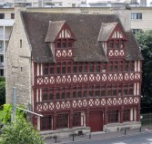 The Maison Des Quatrans
