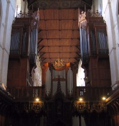 The cathedral's organ.